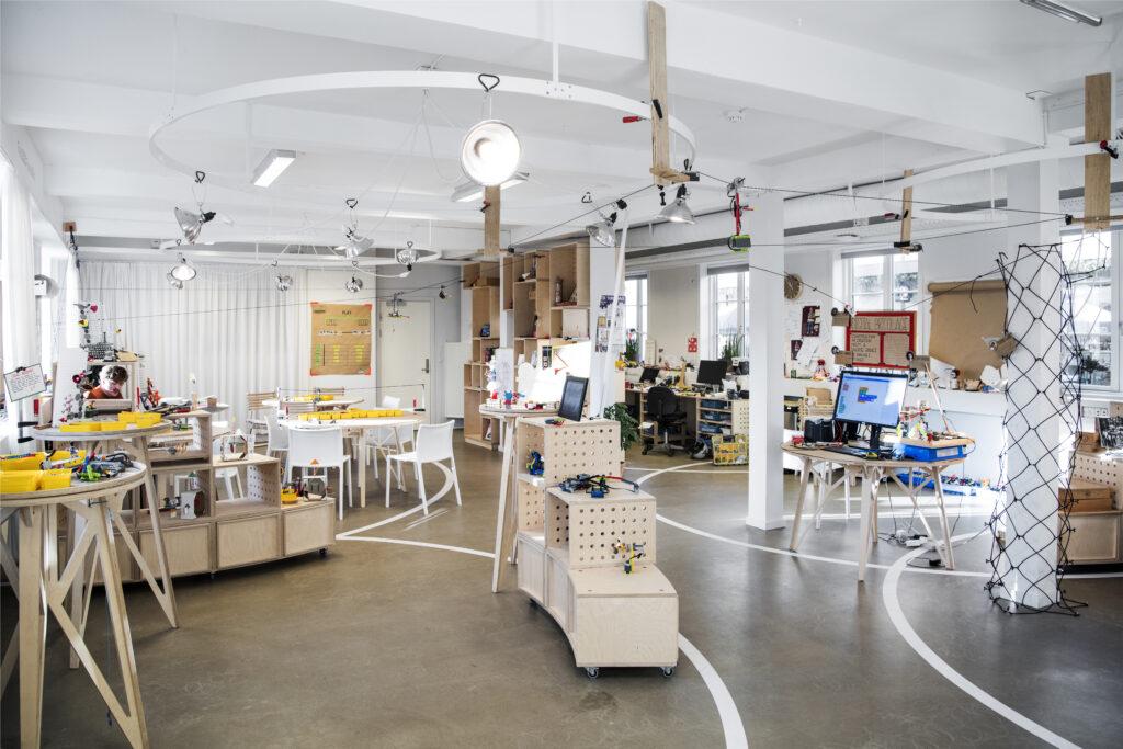 A photograph of the LEGO Idea Studio